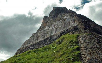Xunantunich, El Castillo