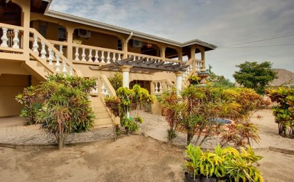 Hopkins Belize Bed & Breakfast