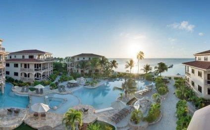 Victoria House Beach Resort in