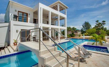 House for Sale in Placencia Belize